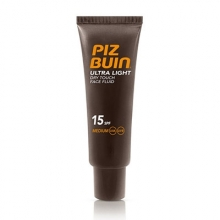 Piz Buin Ultra Light SPF15 Medium Rostro